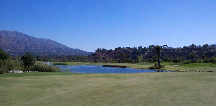 Angeles National Golf Review Picture