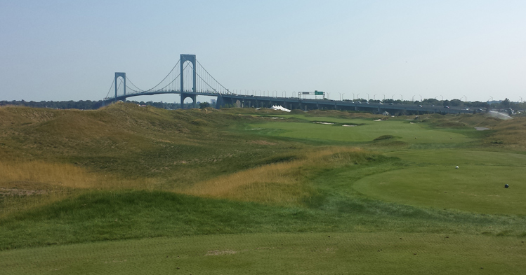 New York City Bridge Golf Picture