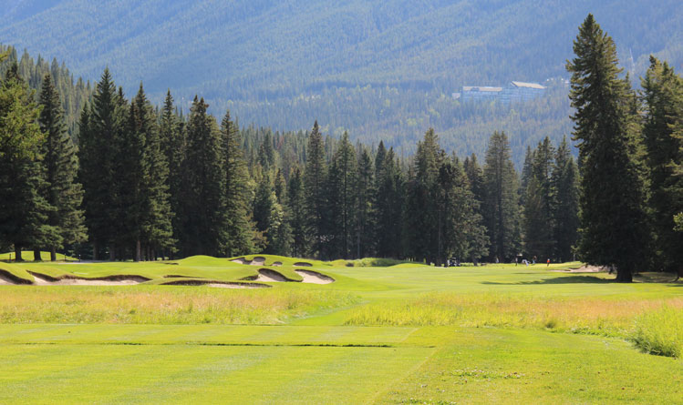 Banff Springs golf course #12 Picture